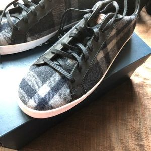 Authentic Cole Haan NWT plaid sneaker